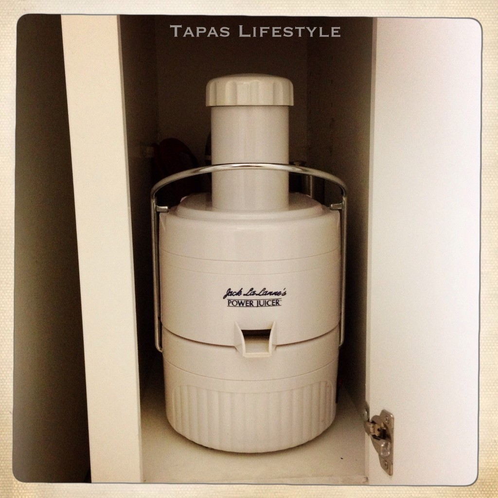 Juicer and Milk Shake Maker Cupboard
